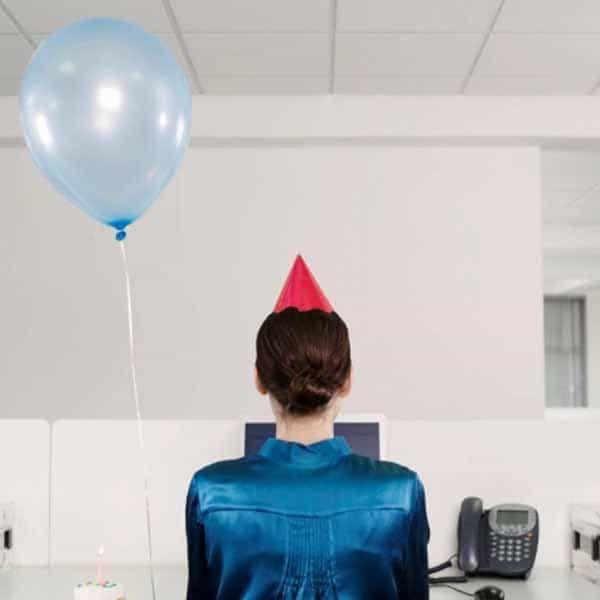 День рождения в офисе