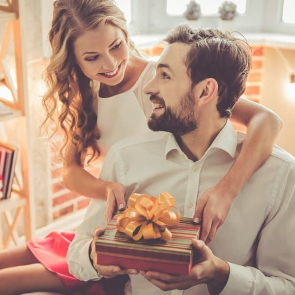 Подарки любимому мужу на Новый год 2018