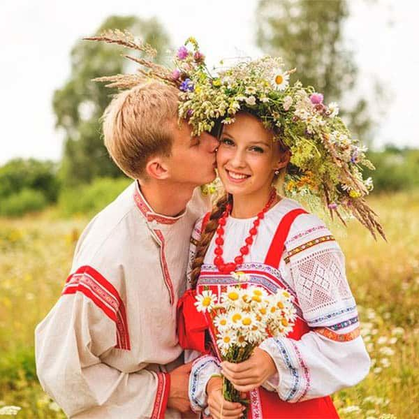Как проводилась традиционная русская свадьба