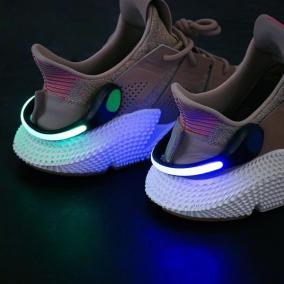 Светодиодная LED клипса для обуви от 290 руб