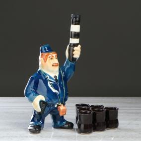 """Штоф с рюмками """"Гаишник с жезлом"""" от 1 390 руб"""