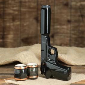 """Штоф """"Пистолет"""" с глушителем с рюмками от 490 руб"""