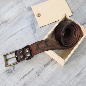 """Кожаный ремень с гравировкой """"Belt"""" от 3 900 руб"""