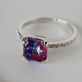 "Кольцо ""Принцесса"" с кристаллом Swarovski цвета бургунди от 1 650 руб"