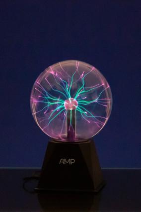 Плазменный шар Amperia Greenflow 16см (Тесла) Audio от 2 490 руб
