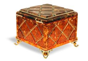 Шкатулка янтарная Классическая от 44 170 руб
