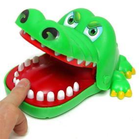 """Игра """"Больной зуб. Крокодильчик"""" от 390 руб"""