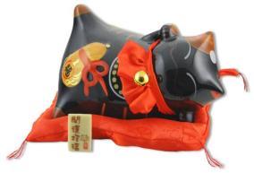 """Японский кот-копилка Манеки-неко """"Здоровье детям и защита от злых сил!"""", черный от 3 216 руб"""