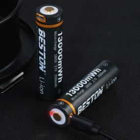Аккумулятор c USB зарядкой Beston 3.7V 3500 мАh 18650 Li-Ion с защитой от 690 руб