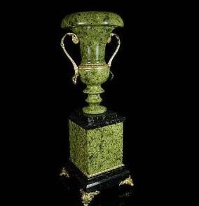 Напольная ваза, змеевик от 17 150 руб