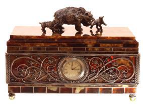 Оригинальная шкатулка из янтаря от 209 940 руб
