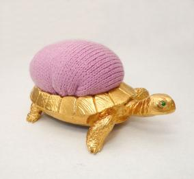 """Бронзовая игольница """"Черепаха"""" от 6 400 руб"""