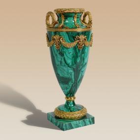 Стильная ваза, малахит от 192 350 руб