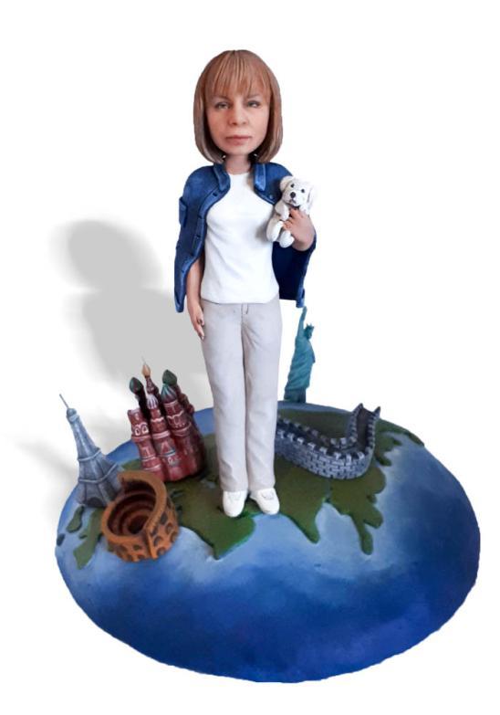 """Портретная статуэтка маме """"Путешественница"""", 20 см."""