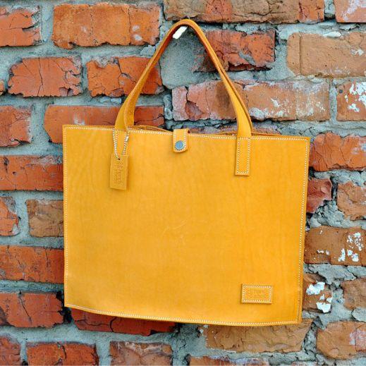 Рыжая стильная сумка для девочки с рисунком